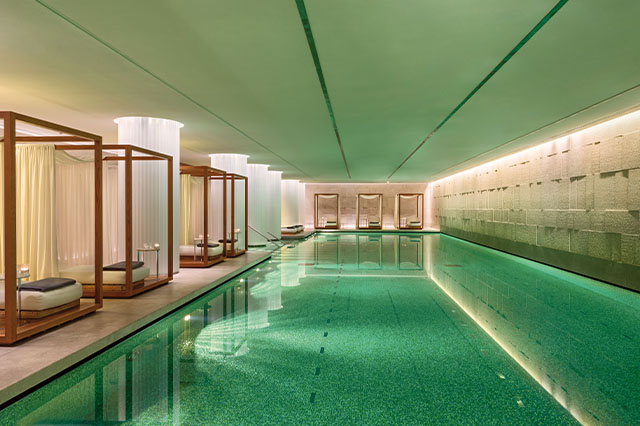 https://whereandwhenlondon.com/wp-content/uploads/2020/07/The-Bvlgari-pool-web.jpg