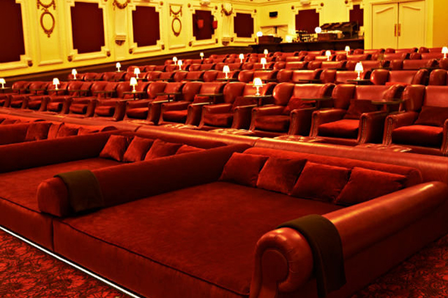 https://whereandwhenlondon.com/wp-content/uploads/2020/08/Electric-Cinema-Portobello.jpg